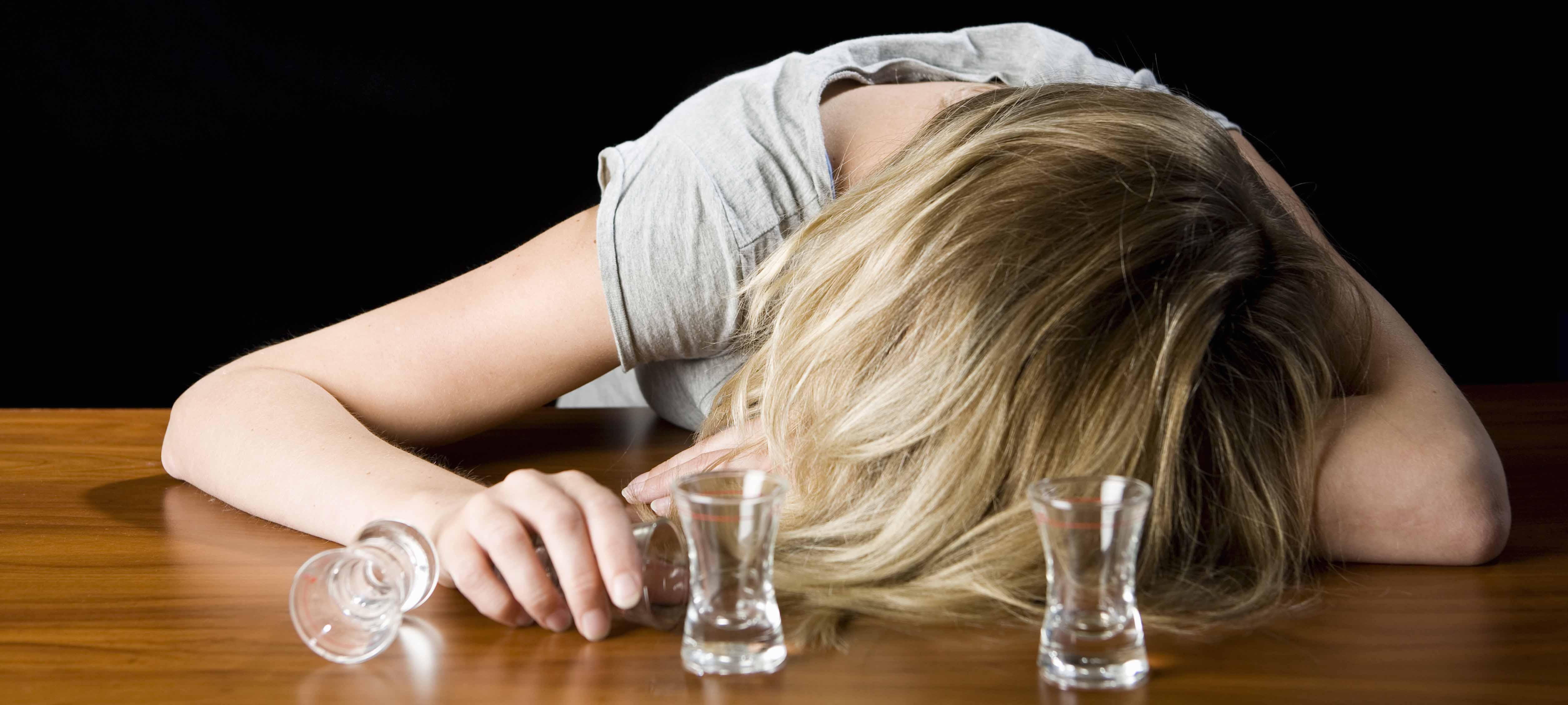 Пьяное путешествие из бара домой закончилось для жительницы Карелии в суде