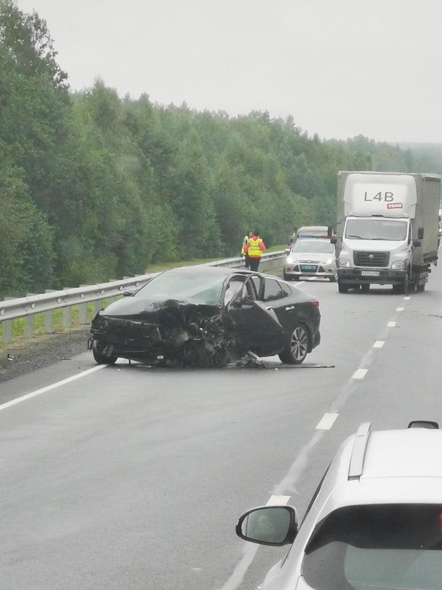 Два человека разбились в смертельном ДТП в Карелии (ФОТО и ВИДЕО)