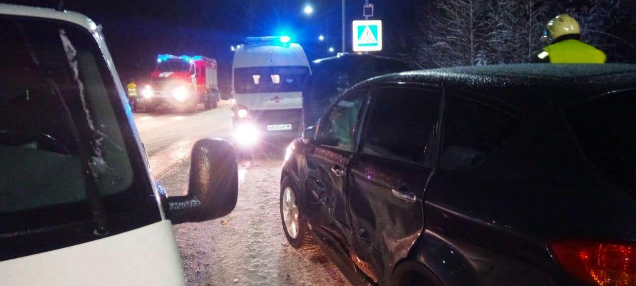 Водитель пострадал в ДТП на севере Карелии (ФОТО)