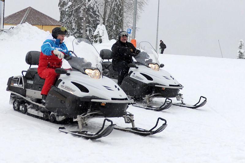 Путин и Лукашенко покатались на лыжах и снегоходах (ФОТО, ВИДЕО)