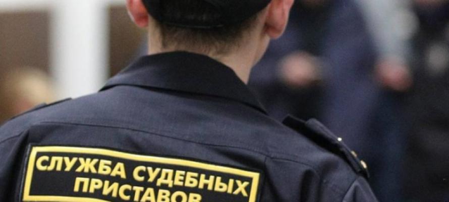 В Петрозаводске приставы рассказали, как смогли «выбить» 390 тысяч рублей с должника