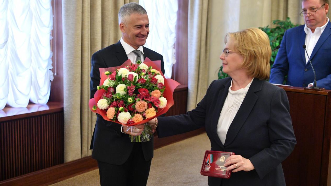 пшеницын заместитель главы республики карелия фото представленные